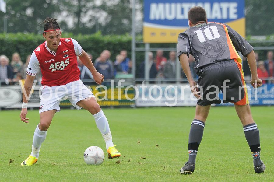 AZ won zijn tweede oefenwedstrijd in de voorbereiding op seizoen 2013-2014 met 0-8 van SV Kleine Sluis